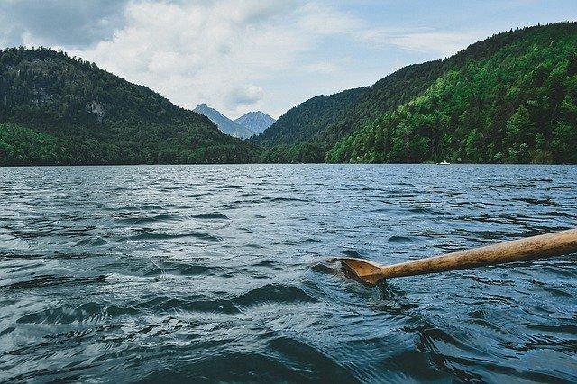 pádlování na vodě